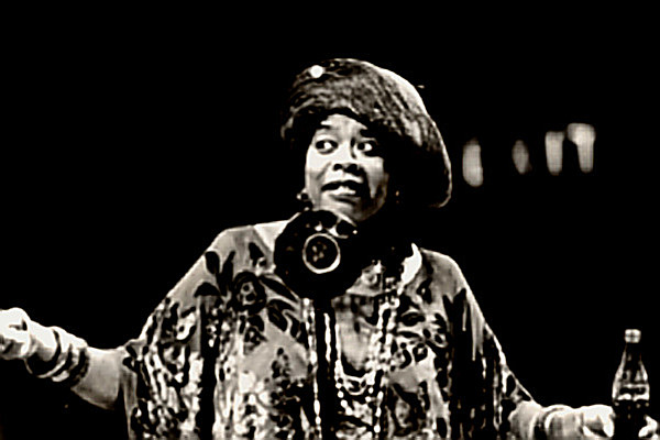 Ma Rainey Yonder Comes The Blues