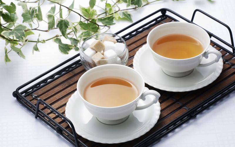 Чай две чашки