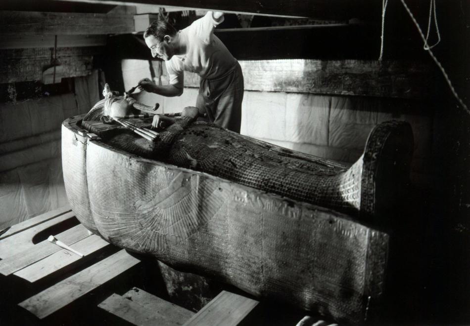саркофаг фараона Тутанхамона