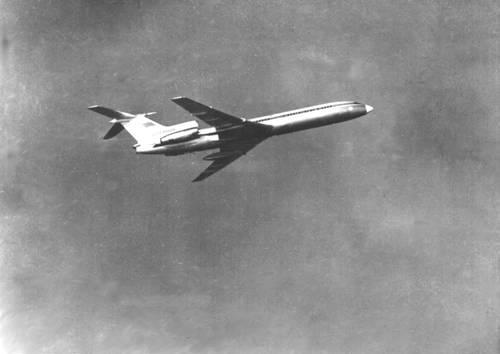 Ил-62 – пассажирский самолет, предназначенный для полетов на авиалиниях большой протяженности.