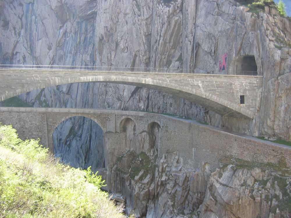 железнодорожный туннелй Gotthard