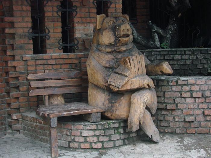 Свинья памятник картинки