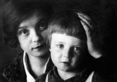 Надежда вольпина и сын Есенина Александр