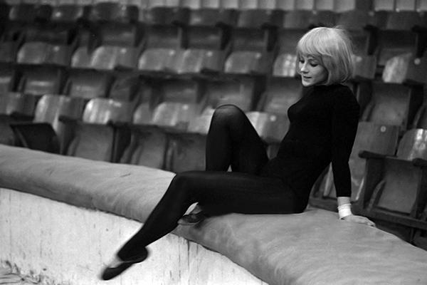 Ножки Натальи Варлей – Соло Для Слона С Оркестром (1975)