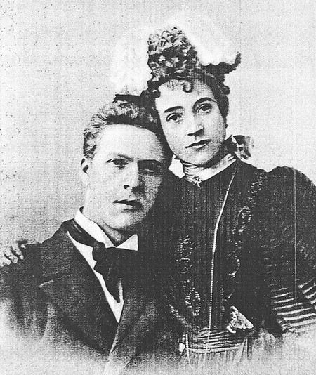 Певец Федор Шаляпин с женой Ионой Торнаги  Далее: http://www.uznayvse.ru/znamenitosti/biografiya-fedor-shalyapin.html