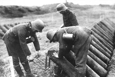 в ходе Ипрского сражения германская армия впервые применила новое отравляющее вещество