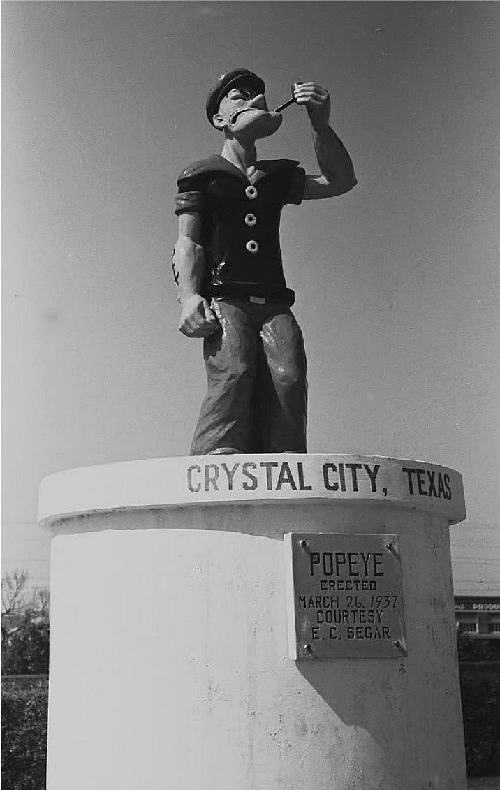 Памятник моряку Попаю