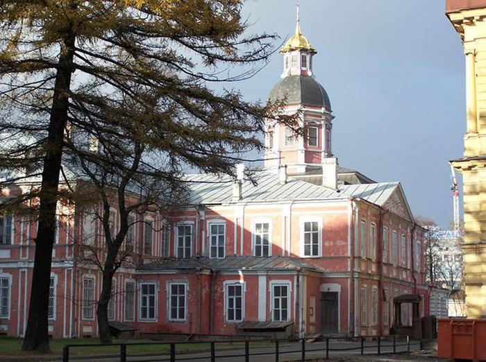 Благовещенская церковь Александро-Невской Лавры.