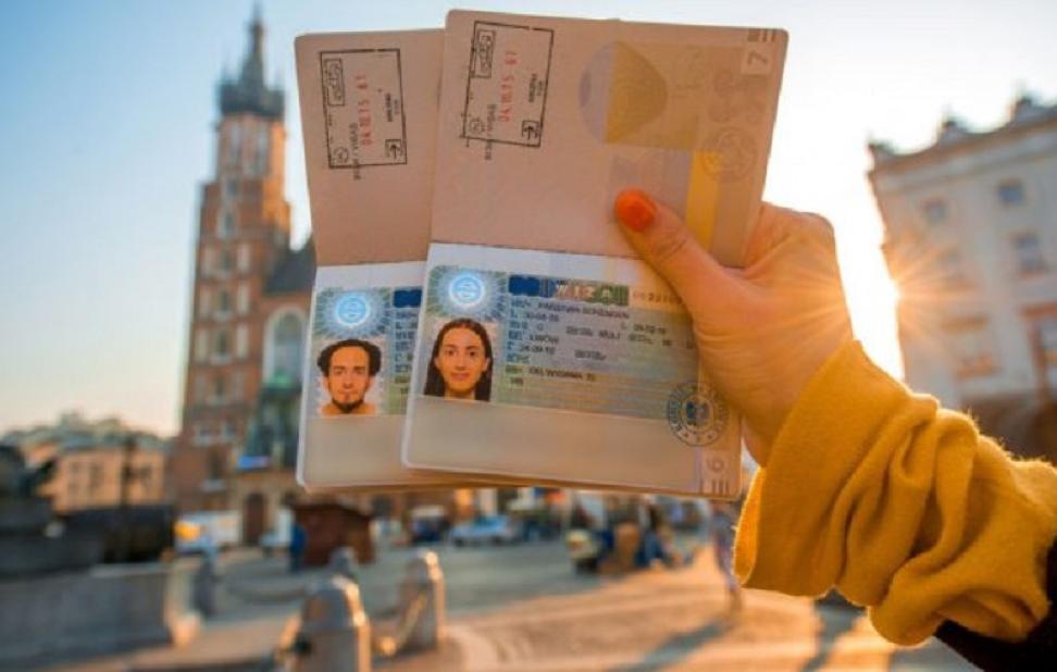 Шенгенская виза оформить в москве