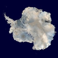 600px-Antarctica_6400px_from_Blue_Marble.jpg