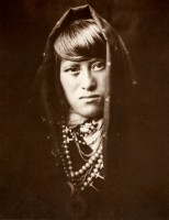 1910-1925-edward-s.-curtis--femme-dacoma-woman-of-acoma