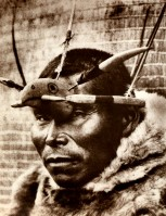 1910-1925-edward-s.-curtis--petit-masque-nunivak-small-mask-nunivak