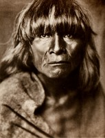1910-1925-edward-s.-curtis--prêtre-du-serpent-hopi--priest-of-the-hopi-snake