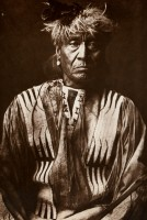 1910-1925-edward-s.-curtis--red-whip-atsina