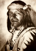 1910-1925-edward-s.-curtis--un-fiscal-de-jemez-tax-of-jemez