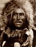 1910-1925-edward-s.-curtis--un-habitant-de-nunivak-esquimau-an-inhabitant-of-nunivak-eskimo