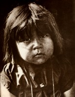 1910-1925-edward-s.-curtis--un-petit-commanche-small-commanche