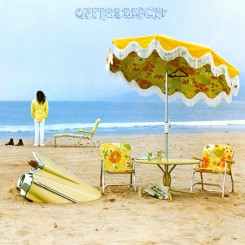 neil-young-albom-on-the-beach-(1974)