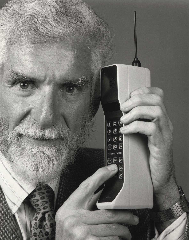 применении первые в мире сотовые телефоны фото ордерной архитектуре